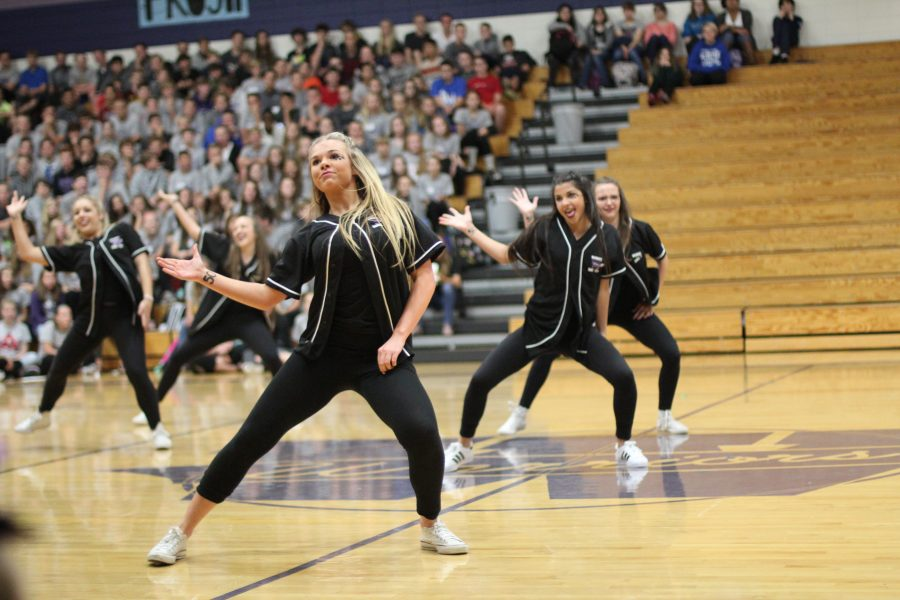 Waunakee High School Dance Team